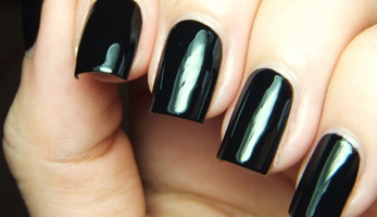 Enter the Darkness: Black Nail Products