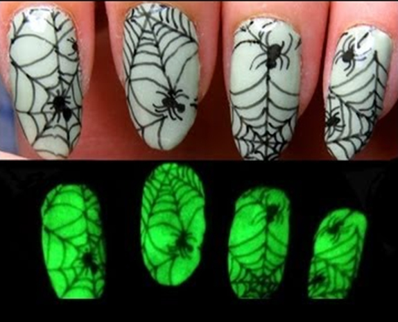 Glow-In-The-Dark Gel Nail Polish